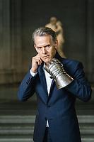 Genève, 9 octobre 2019. Marc Olivier Wahler, ex directeur du Palais de Tokyo et nouveau directeur du Musée d'Art et d'Histoire de Genève. © Niels Ackermann / Lundi13