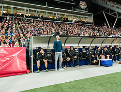 12.04.2018, Red Bull Arena, Salzburg, AUT, UEFA EL, FC Salzburg vs SS Lazio Roma, Viertelfinale, Rueckspiel, im Bild v.l. Co Trainer Rene Maric (FC Salzburg), Trainer Marco Rose (FC Salzburg), Co Trainer Rene Aufhauser (FC Salzburg) // during the UEFA Europa League Quaterfinal, 2nd Leg Match between FC Salzburg and SS Lazio Roma at the Red Bull Arena in Salzburg, Austria on 2018/04/12. EXPA Pictures © 2018, PhotoCredit: EXPA/ Stefan Adelsberger