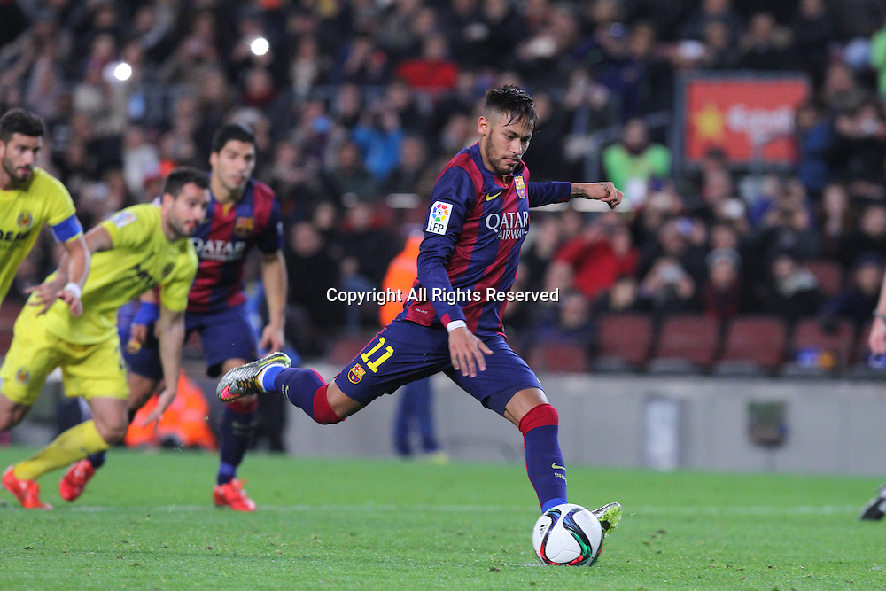 11.02.2015 Barcelona, Spain. Spanish Cup , Semi-final.  Neymar in shooting action during game between FC Barcelona against Villareal at Camp Nou