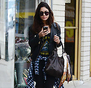 31.JANUARY.2014. LOS ANGELES<br /> <br /> CODE - CI<br /> <br /> VANESSA HUDGENS GETTING SHY WHILE ARRIVING TO A WORKOUT IN LA HIDING HER FACE FROM THE PHOTOGRAPHERS<br /> <br /> BYLINE: EDBIMAGEARCHIVE.CO.UK<br /> <br /> *THIS IMAGE IS STRICTLY FOR UK NEWSPAPERS AND MAGAZINES ONLY*<br /> *FOR WORLD WIDE SALES AND WEB USE PLEASE CONTACT EDBIMAGEARCHIVE - 0208 954 5968*