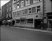 01/07/1969<br /> 07/01/1969<br /> 01 July 1969<br /> Pubs in and about Dublin. Doran's Bar 90-92, Marlborough Street, <br /> Dublin 1,