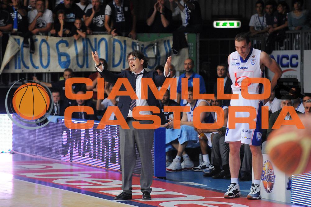 DESCRIZIONE : Cantu Lega A 2010-11Semifinale Play off Gara 2 Bennet Cantu Armani Jeans Milano<br /> GIOCATORE : Coach Andrea Trinchieri<br /> SQUADRA : Bennet Cantu<br /> EVENTO : Campionato Lega A 2010-2011<br /> GARA : Bennet Cantu Armani Jeans Milano<br /> DATA : 01/06/2011<br /> CATEGORIA : Ritratto<br /> SPORT : Pallacanestro<br /> AUTORE : Agenzia Ciamillo-Castoria/A.Dealberto<br /> Galleria : Lega Basket A 2010-2011<br /> Fotonotizia : Cantu Lega A 2010-11 Semifinale Play off Gara 2 Bennet Cantu Armani Jeans Milano<br /> Predefinita :