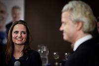 Nederland. Den Haag, 26 februari 2010.<br /> Partij voor de Vrijheid, PVV. Campagnebijeenkomst in een zaaltje Ockenburgh Active in het kader van de gemeenteraadsverkiezingen. Fleur Agema en geert Wilders.<br /> Politieke partij, aanhang, Geert Wilders, Politiek, lokale politiek<br /> Foto Martijn Beekman
