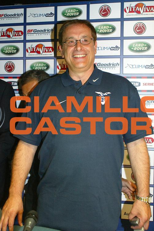DESCRIZIONE : Bologna Campionato Italiano Lega A1 2006-2007 Presentazione Martinelli Climamio Fortitudo Bologna<br />GIOCATORE : Martinelli<br />SQUADRA : Climamio Fortitudo Bologna<br />EVENTO : Campionato Lega A1 2006-2007 Presentazione Martinelli Climamio Fortitudo Bologna<br />GARA : <br />DATA : 20/07/2006 <br />CATEGORIA : Ritratto <br />SPORT : Pallacanestro <br />AUTORE : Agenzia Ciamillo-Castoria/L.Villani<br />Galleria : Lega Basket A1 2006-2007 <br />Fotonotizia : Bologna Campionato Italiano Lega A1 2006-2007 Presentazione Martinelli Climamio Fortitudo Bologna<br />Predefinita :