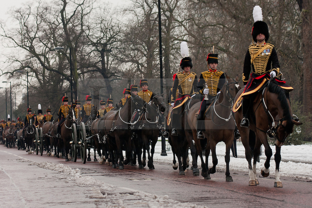 © Licensed to London News Pictures. 06/02/2012. London, UK.  The King's Troop, Royal Horse Artillery parade in Hyde Park before performing a 41 gun salute to mark the 60th anniversary of Queen Elizabeth II's accession to the throne. (04-05/02). Photo credit : James Gourley/LNP