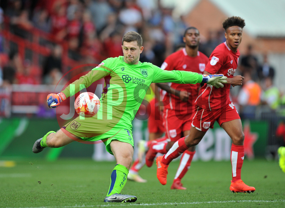 Frank Fielding of Bristol City - Mandatory by-line: Paul Knight/JMP - 17/09/2016 - FOOTBALL - Ashton Gate Stadium - Bristol, England - Bristol City v Derby County - Sky Bet Championship