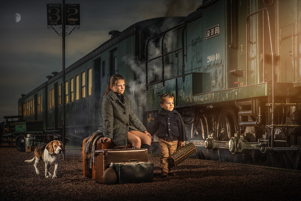 Last Train to 2020, creative portrait photography © 2Photographers - Paul Gheyle & Jürgen de Witte