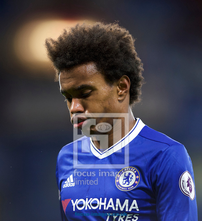 Willian of Chelsea during the Premier League match at Stamford Bridge, London<br /> Picture by Alan Stanford/Focus Images Ltd +44 7915 056117<br /> 26/12/2016