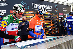 March 15, 2019 - Pomarance, Pisa, Italia - Foto Gian Mattia D'Alberto / LaPresse.15/03/2019 Pomarance (Italia) .Sport Ciclismo.Tirreno-Adriatico 2019 - edizione 54 - da Pomarance a Foligno  (226 km) .Nella foto: Elia Viviani ITA, Julian Alaphilippe FRA..Photo Gian Mattia D'Alberto / LaPresse .March 15, 2018 Pomarance (Italy).Sport Cycling.Tirreno-Adriatico 2019 - edition 54 - Pomarance to Foligno (140 miglia) .In the pic:Elia Viviani ITA, Julian Alaphilippe FRA (Credit Image: © Gian Mattia D'Alberto/Lapresse via ZUMA Press)