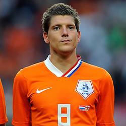12-08-2009 VOETBAL: NEDERLAND - ENGELAND: AMSTERDAM<br /> Nederland speelt met 2-2 gelijk tegen Engeland / Stijn Schaars<br /> &copy;2009-WWW.FOTOHOOGENDOORN.NL