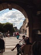 Paris. France. Le marais. 4th district. cafe hugo, place des Vosges, le marais , family with friends
