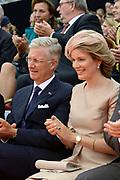 Viering van 200 jaar van het Koninkrijk der Nederland in Maastricht / Celebration of 200 Years of the Kingdom of the Netherlands in Maastricht <br /> <br /> Op de foto:  koning Filip en koningin Mathilde van Belgie / King Philip and Queen Mathilde of Belgium