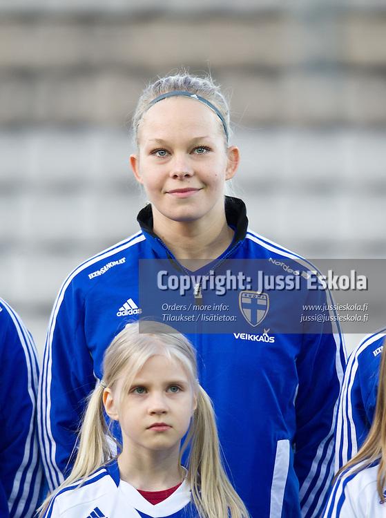 Leena Puranen. Suomi - Slovakia. Naisten maajoukkue. EM-karsinta. Vantaa 5.4.2012. Photo: Jussi Eskola