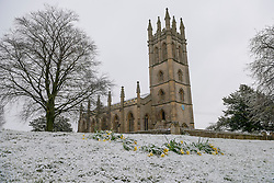 © Licensed to London News Pictures. 05/03/2016. Churchill Oxfordshire. Churchill church. Snow in Oxfordshire early morning on 5th March 2016.. Photo credit : MARK HEMSWORTH/LNP
