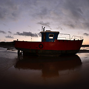 Little red boat blue.<br />