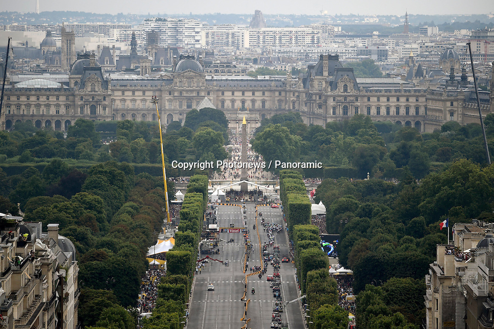 Illustration<br /> Tour de France Paris<br /> Champs Elysees<br /> Concorde