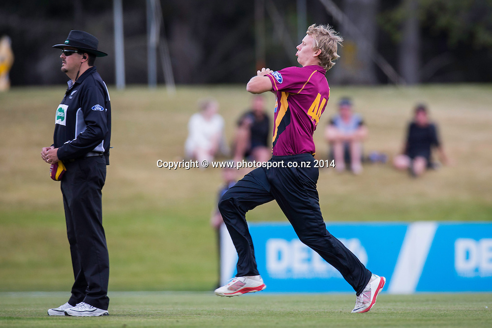 Scott Kuggeleijn bowls for the Northern Knights - Volts v Knights, 27 December 2014Saturday, 27 December 2014, Molyneux Park, Alexandra - List-A Match - Ford Trophy CREDIT: Libby Law / www.photosport.co.nz