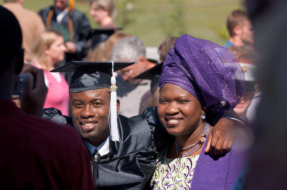 18276Undergraduate Commencement 2007..James Odunaiya & Toyin Odunaiya