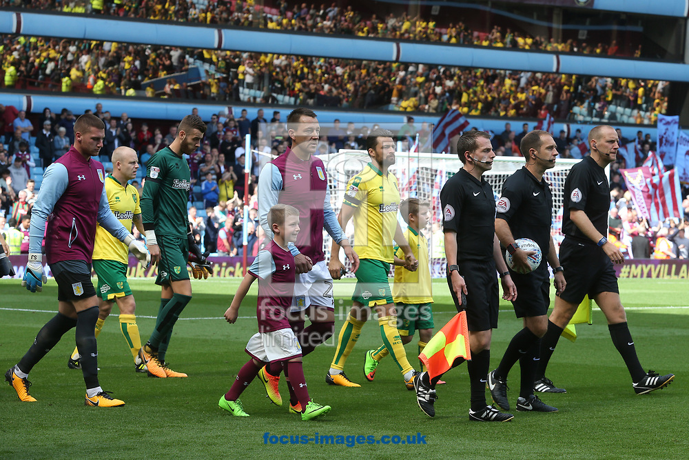 The players take to the pitch before the Sky Bet Championship match at Villa Park, Birmingham<br /> Picture by Paul Chesterton/Focus Images Ltd +44 7904 640267<br /> 19/08/2017