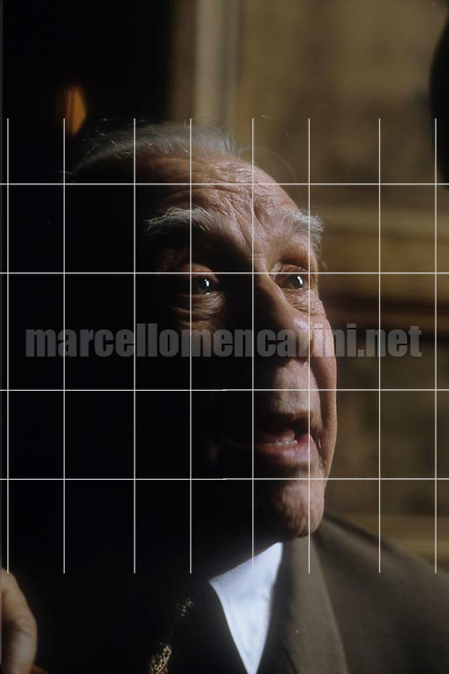 Rome, Westin Excelsior Hotel, 1981. Argentinian writer Jorge Luis Borges / Roma, Hotel Westin Excelsior, 1981. Lo scrittore argentino Jorge Luis Borges - © Marcello Mencarini