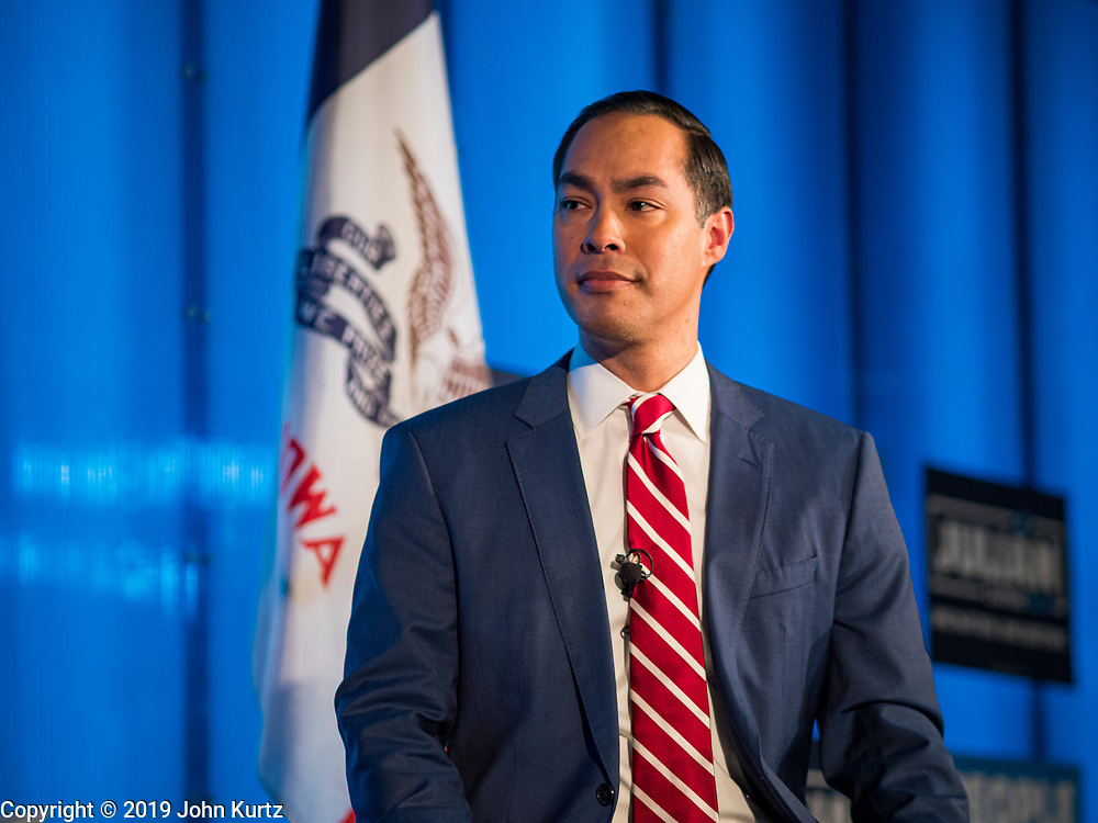 """10 DECEMBER 2019 - DES MOINES, IOWA: JULIÁN CASTRO, former Secretary of Housing and Urban Development in the Obama Administration, talks about his presidential campaign and Iowa's role as """"First in the Nation"""" during a town hall meeting at Drake University in Des Moines. In recent weeks, Castro has been critical of the outsize role Iowa and New Hampshire play in the presidential selection process. His town hall tonight was to specifically discuss Iowa's role in the presidential selection process. Castro is visiting Iowa to support his bid to be the Democratic nominee for the US Presidency. Iowa traditionally hosts the the first selection event of the presidential election cycle. The Iowa Caucuses will be on Feb. 3, 2020. In recent weeks, Castro has been critical of the outsize role Iowa and New Hampshire plays in the presidential selection process.                   PHOTO BY JACK KURTZ"""