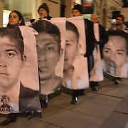 Protest at Mexican Embassy in London over missing Ayotzinapa students