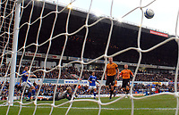 Photo: Ashley Pickering.<br /> Ipswich Town v Wolverhamptopn Wanderers. Coca Cola Championship. 27/10/2007.<br /> Alan Lee (L) beats Wolves goalie Wayne Hennessey to score the opener for Ipswich