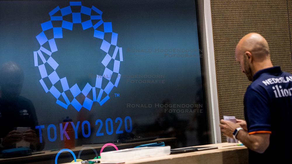 10-05-2018 NED: Training Dutch volleyball team women, Arnhem<br /> Tokyo 2020 and reflection Coach Jamie Morrison