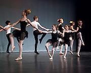 """""""Fiselle"""" villagers dance"""