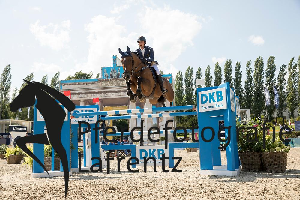 Philippaerts, Olivier (BEL), Icos<br /> Berlin - Global Jumping Berlin 2017<br /> © www.sportfotos-lafrentz.de/Stefan Lafrentz