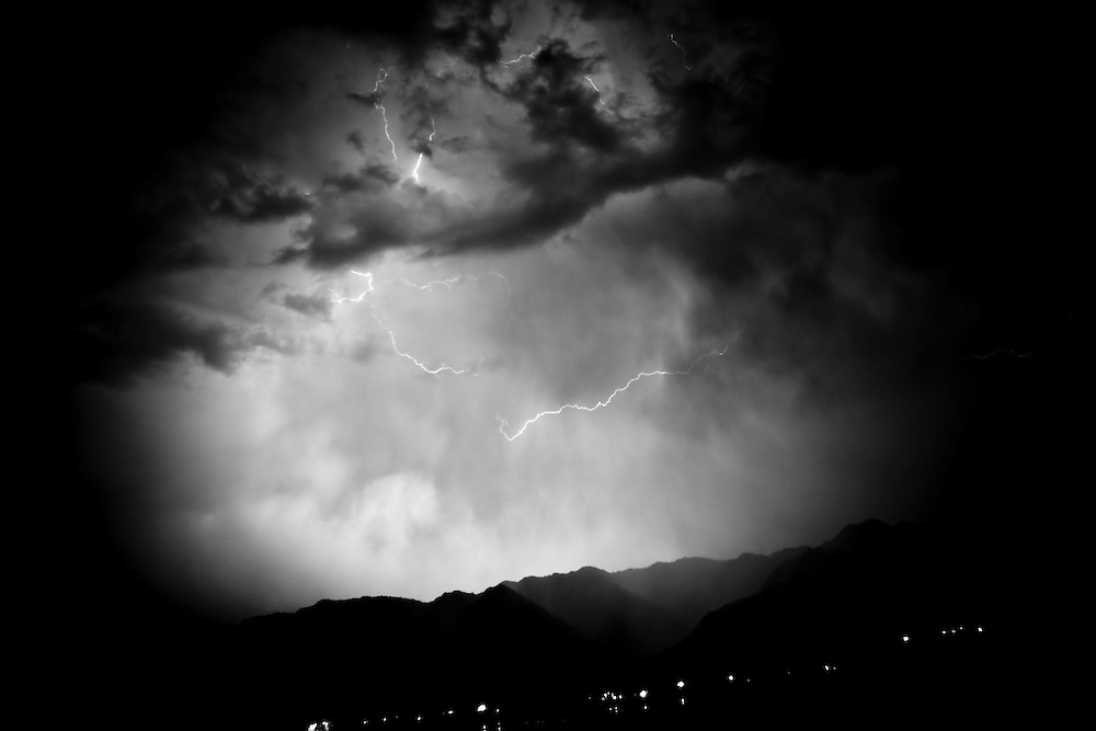 20.09.2008, India, Kashmir, Srinagar, Kashmir-Conflict, A storm over Srinagar