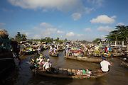 Mekong Delta. Phong Dien floating market.