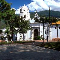 Plaza Bolivar y catedral de Trujillo, Estado Trujillo, Venezuela