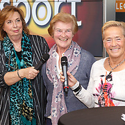NLD/Amsterdam/20151210 - Andere Tijden sport presentatie seizoen 2016, Stien Kaiser, Carry Geijssen en Ans Schut