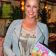 NLD/Volendam/20140626 - 100%NL magazine bestaat 5 jaar,