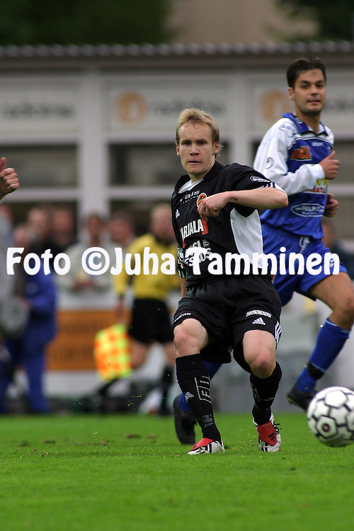 10.07.2003, Tammelan Stadion, Tampere, Finland..Veikkausliiga 2003 / Finnish League 2003.Tampere United v FC Jokerit.Teemu Lampinen - Jokerit.©Juha Tamminen
