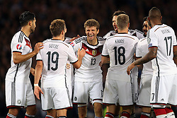07.09.2015, Hampton Park, Glasgow, SCO, UEFA Euro Qualifikation, Schottland vs Deutschland, im Bild Emre Can (FC Liverpool), Marion Goetze (FC Bayern Muenchen), Thomas Mueller (FC Bayern Muenchen), Toni Kroos (Real Madrid), Ilkay Guendogan (Borussia Dortmund) und Jerome Boateng (FC Bayern Muenchen) beim Torjubel nach dem Treffer zum 1:0 // during the UEFA EURO 2016 qualifier group D match between Scotland and Germany at the Hampton Park in Glasgow, Scotland on 2015/09/07. EXPA Pictures © 2015, PhotoCredit: EXPA/ Eibner-Pressefoto/ Schueler<br /> <br /> *****ATTENTION - OUT of GER*****