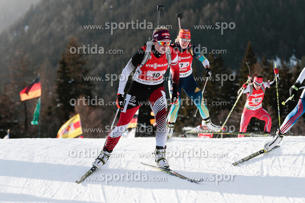 25.01.2015, Suedtirol Arena, Antholz, ITA, IBU Weltcup Biathlon, Antholz, Staffel Damen, im Bild Lisa Theresa Hauser (AUT) // during the Womens Relay of IBU Biathlon World Cup at the Suedtirol Arena in Antholz, Italy on 2015/01/25. EXPA Pictures © 2015, PhotoCredit: EXPA/ Federico Modica