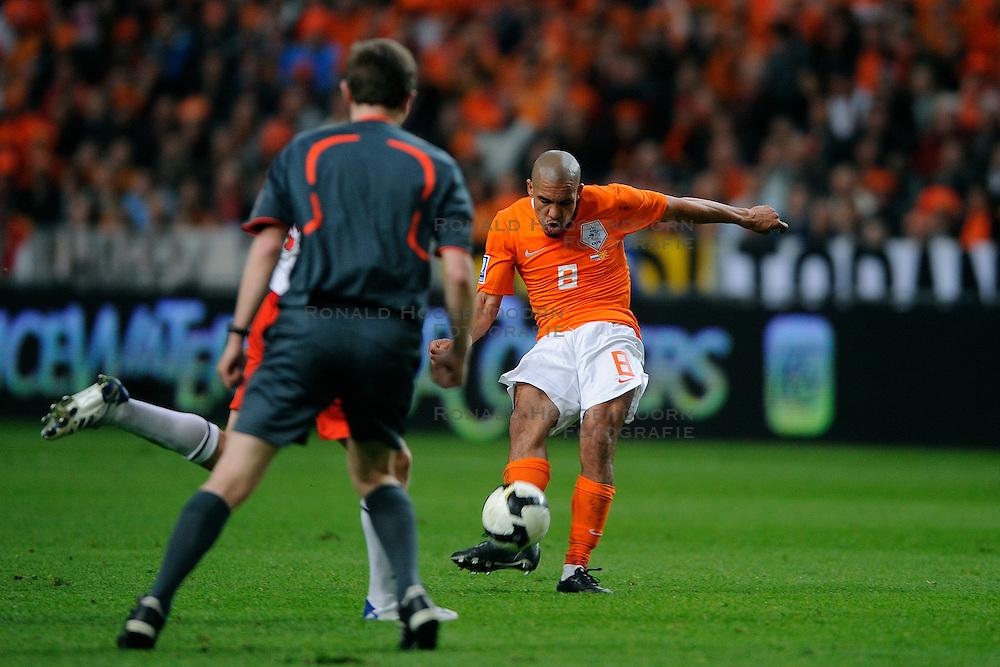 01-04-2009 VOETBAL: WK KWALIFICATIE NEDERLAND - MACEDONIE: AMSTERDAM<br /> Nederland wint met 4-0 van Macedonie / Nigel de Jong<br /> &copy;2009-WWW.FOTOHOOGENDOORN.NL