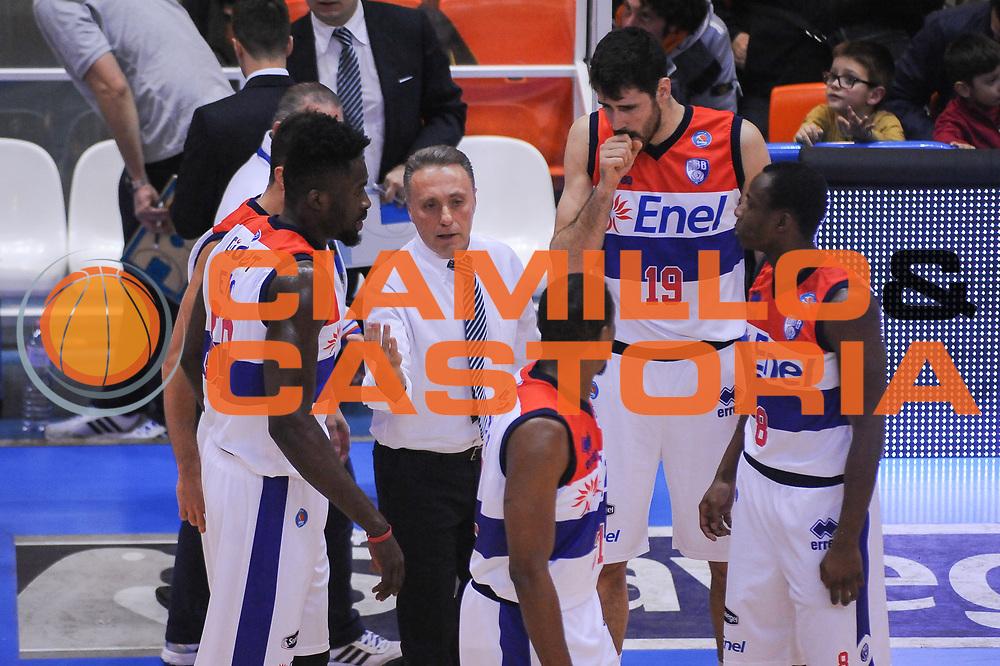 DESCRIZIONE : Brindisi  Lega A 2014-15 Enel Brindisi Vanoli Cremona<br /> GIOCATORE : Bucchi Piero <br /> CATEGORIA : Time Out Allenatore Coach<br /> SQUADRA : Enel Brindisi<br /> EVENTO : <br /> GARA :Enel Brindisi Vanoli Cremona<br /> DATA : 07/03/2015<br /> SPORT : Pallacanestro<br /> AUTORE : Agenzia Ciamillo-Castoria/M.Longo<br /> Galleria : Lega Basket A 2014-2015<br /> Fotonotizia : Enel Brindisi Vanoli Cremona<br /> Predefinita :