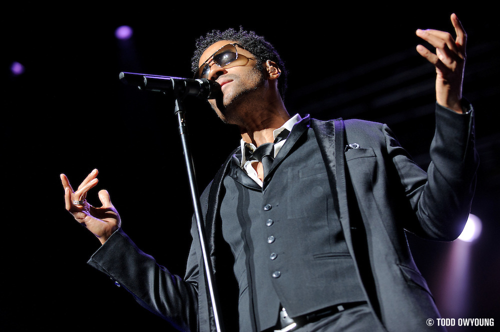 Eric Benét performing at the Fox Theater on January 1, 2010 in St. Louis.