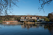 Henley, Oxfordshire. England General Views Henley Town  looking across, the  River Thames from the Oxfordshire bank towards Leander Club on the Berkshire side  <br /> <br /> Thursday  01/12/2016<br /> © Peter SPURRIER<br /> LEICA CAMERA AG  LEICA Q (Typ 116)  f4  1/1000sec  35mm  9.6MB