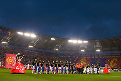 ROME, ITALY - Tuesday, May 26, 2009: Manchester United's and Barcelona players line-up before the UEFA Champions League Final at the Stadio Olimpico. (Pic by Carlo Baroncini/Propaganda)