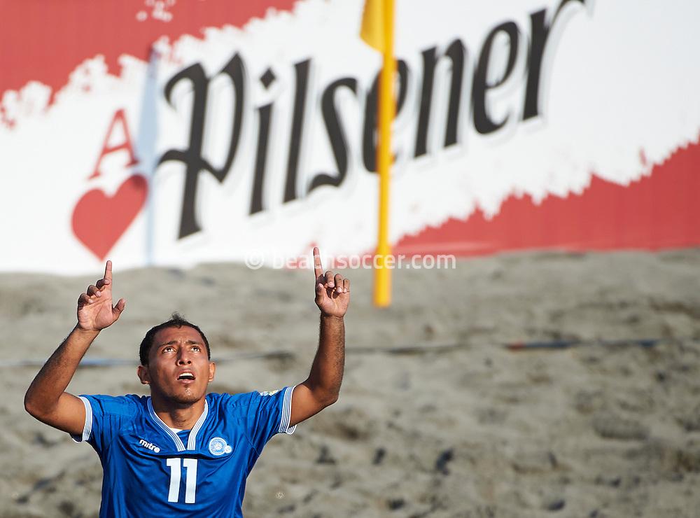 Frank of El Salvador celebrates during the Copa Pilsener 2016.