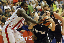 BELGRADE (SERBIA), March 2, 2017  Brose Bamberg's Fabien Causeur (R) vies with Crvena Zvezda's Deon Thompson (L) during Regular Season Round 24 Euroleague basketbal match between Crvena Zvezda and Brose Bamberg in Belgrade on March 2, 2017. Crvena Zvezda won 74:60  (Credit Image: © Predrag Milosavljevic/Xinhua via ZUMA Wire)