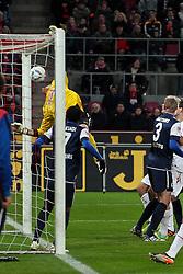 10.12.2011, Rhein Energie Stadion, Koeln, GER, 1.FBL, 1. FC Koeln vs SC Freiburg, im BildTor zum 3:0 von Christian Clemens (Koeln #27) (nicht im Bild per Direkt Verwandelter Ecke) gegen Oliver Baumann (Torwart Freiburg) // during the 1.FBL, 1. FC Koeln vs SC Freiburg on 2011/12/10, Rhein-Energie Stadion, Köln, Germany. EXPA Pictures © 2011, PhotoCredit: EXPA/ nph/ Mueller..***** ATTENTION - OUT OF GER, CRO *****