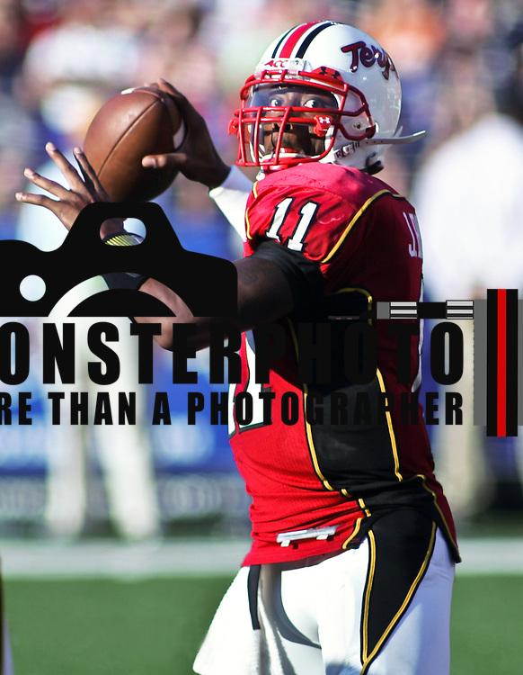 Maryland quarterback Jamarr Robinson  #11 drops back to pass in 3  quarter at M&T Bank Stadium in Baltimore. Maryland defeated Navy 17-14.