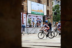 Sign on at Emakumeen Bira 2018 - Stage 1, a 108 km road race starting and finishing in Legazpi, Spain on May 19, 2018. Photo by Sean Robinson/Velofocus.com