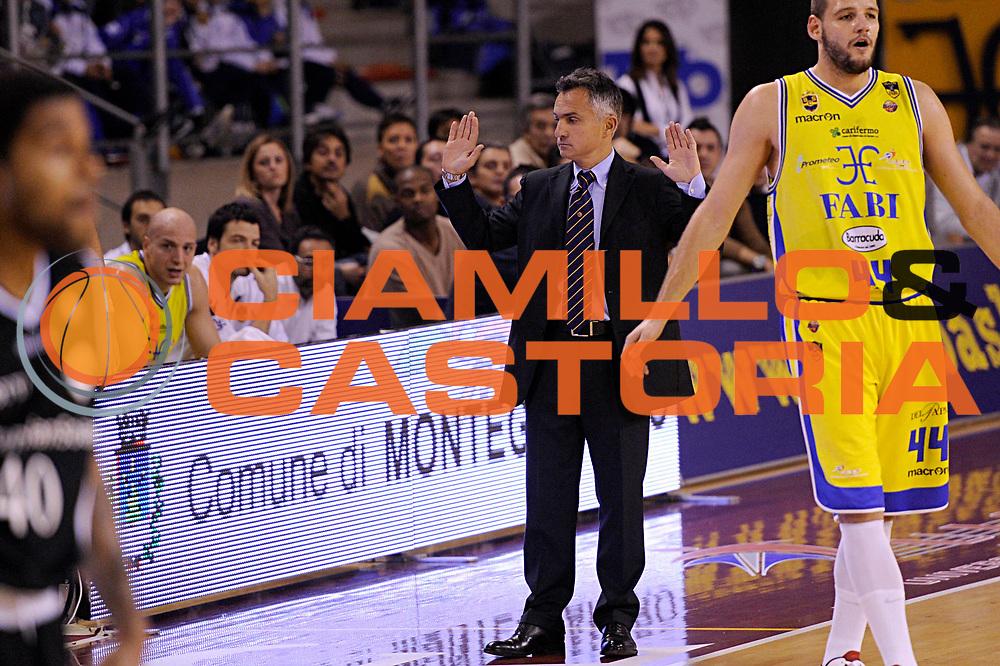 DESCRIZIONE : Ancona Lega A 2011-12 Fabi Shoes Montegranaro Canadian Solar Bologna<br /> GIOCATORE : Giorgio Valli<br /> CATEGORIA : coach<br /> SQUADRA : Fabi Shoes Montegranaro<br /> EVENTO : Campionato Lega A 2011-2012<br /> GARA : Fabi Shoes Montegranaro Canadian Solar Bologna<br /> DATA : 20/11/2011<br /> SPORT : Pallacanestro<br /> AUTORE : Agenzia Ciamillo-Castoria/C.De Massis<br /> Galleria : Lega Basket A 2011-2012<br /> Fotonotizia : Ancona Lega A 2011-12 Fabi Shoes Montegranaro Canadian Solar Bologna<br /> Predefinita :