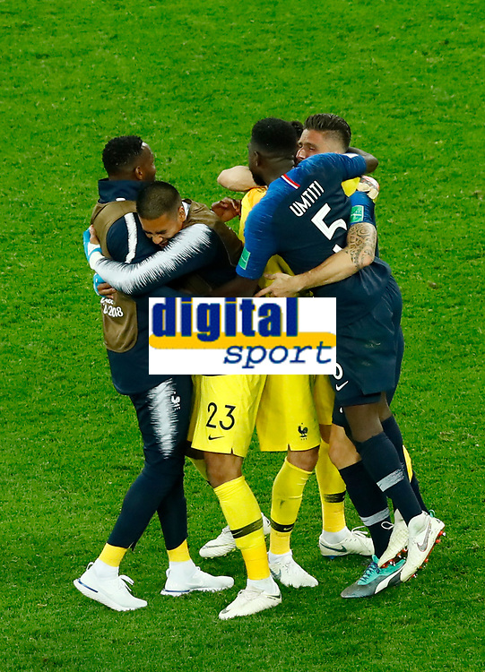 Mandanda, Alphonse Areola, Hugo Lloris and Olivier Giroud celebrate the qualification with Samuel Umtiti (France)<br /> Saint Petersburg 10-07-2018 Football FIFA World Cup Russia  2018 Semifinal <br /> France - Belgium / Francia - Belgio <br /> Foto Matteo Ciambelli/Insidefoto